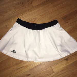NWT Adidas sports skirt with pockets
